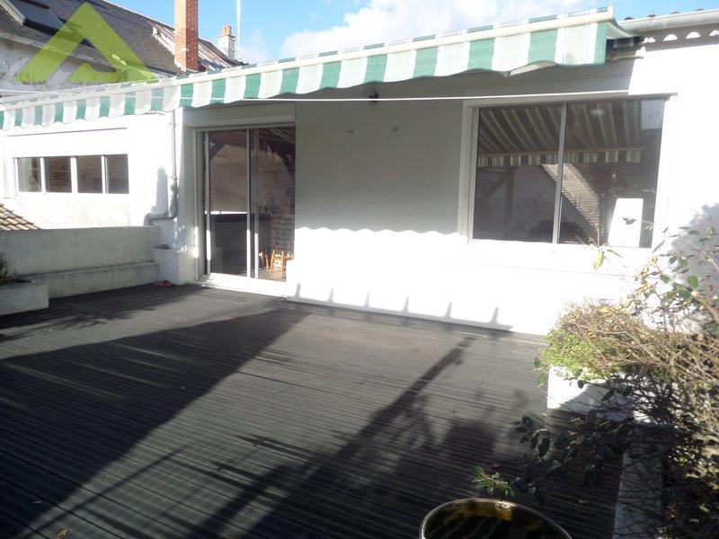 Maison, 400 m² SAINT…
