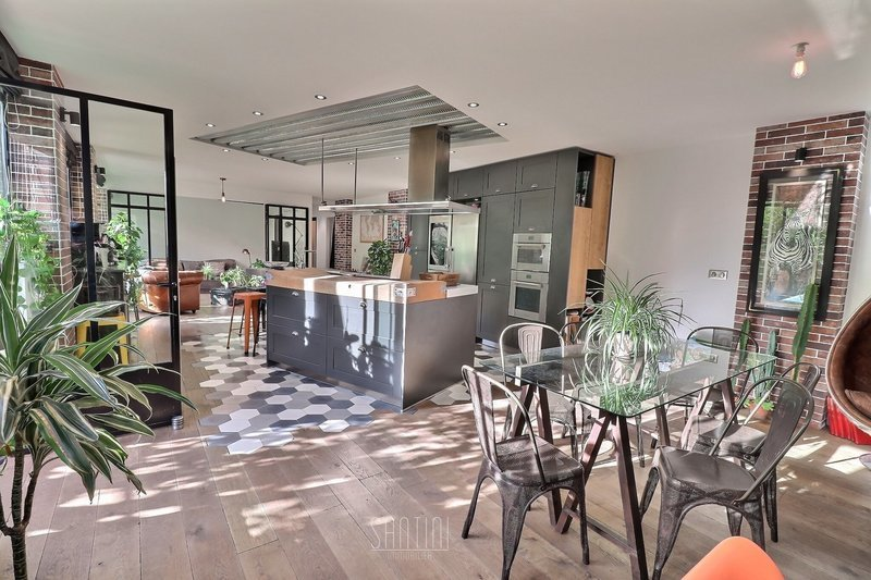 Appartement, 121,22 m² Situé…
