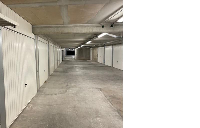 Parking, 15 m² A LOU…