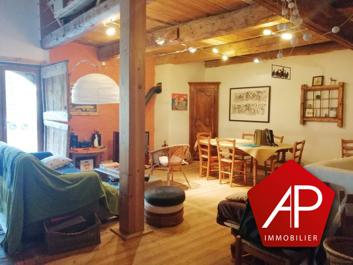Maison, 330 m² Situé…