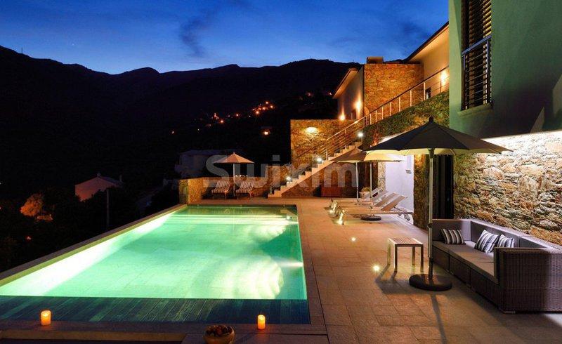 Maison, 360 m² Réf :…