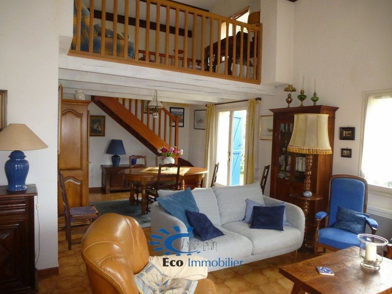 Maison, 107 m² Sur l…