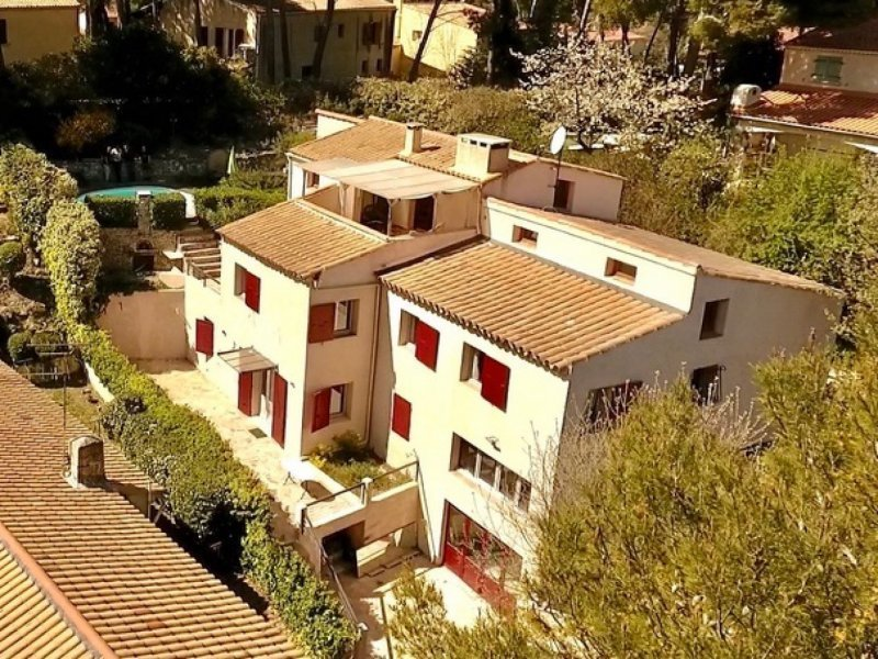 Maison, 305 m² Bouc …
