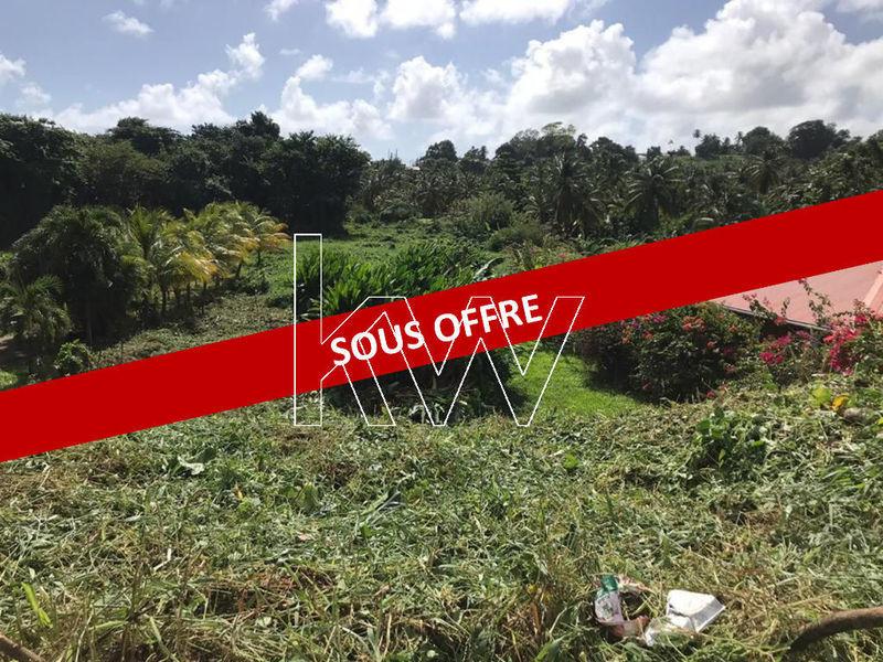 Terrain, 1 000 m² Nous …