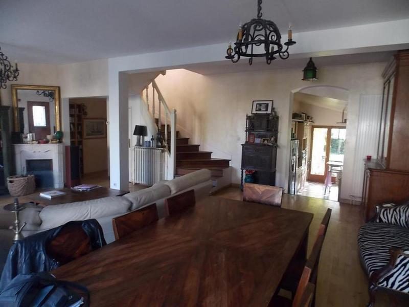 Maison, 240 m² 92190…