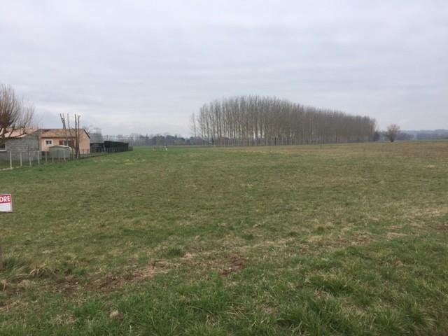 Terrain neuf, 1 200 m² a 15 …