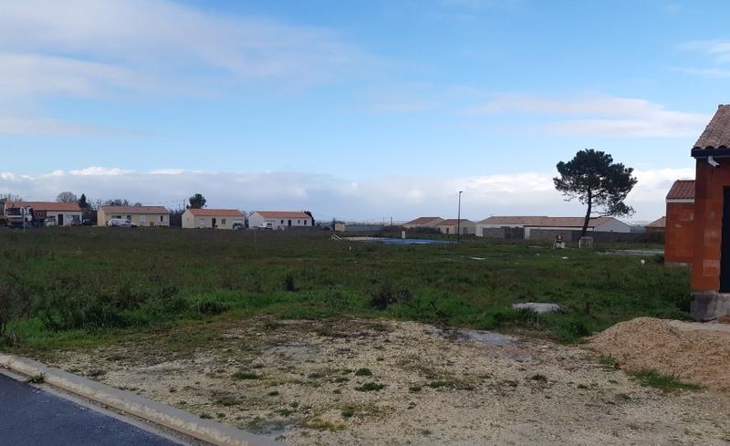 Terrain à bâtir, 560 m² Derni…