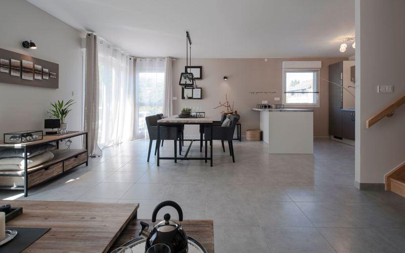 Maison neuve, 69 m² Venez…